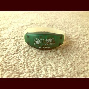 EDC bracelet (free with 2 item purchase)